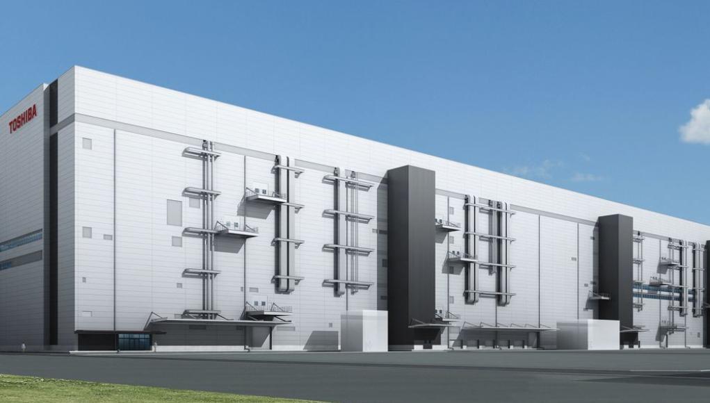 Toshiba inicia la mayor y más avanzada fabricación de BiCS FLASH