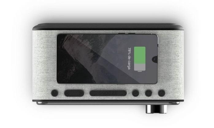 Altavoz reloj y cargador inalámbrico para tu smartphone