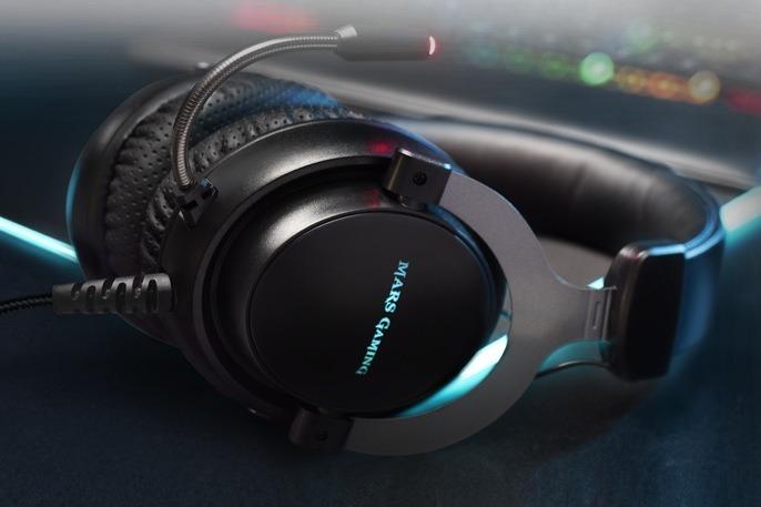 MH4X, auriculares con las