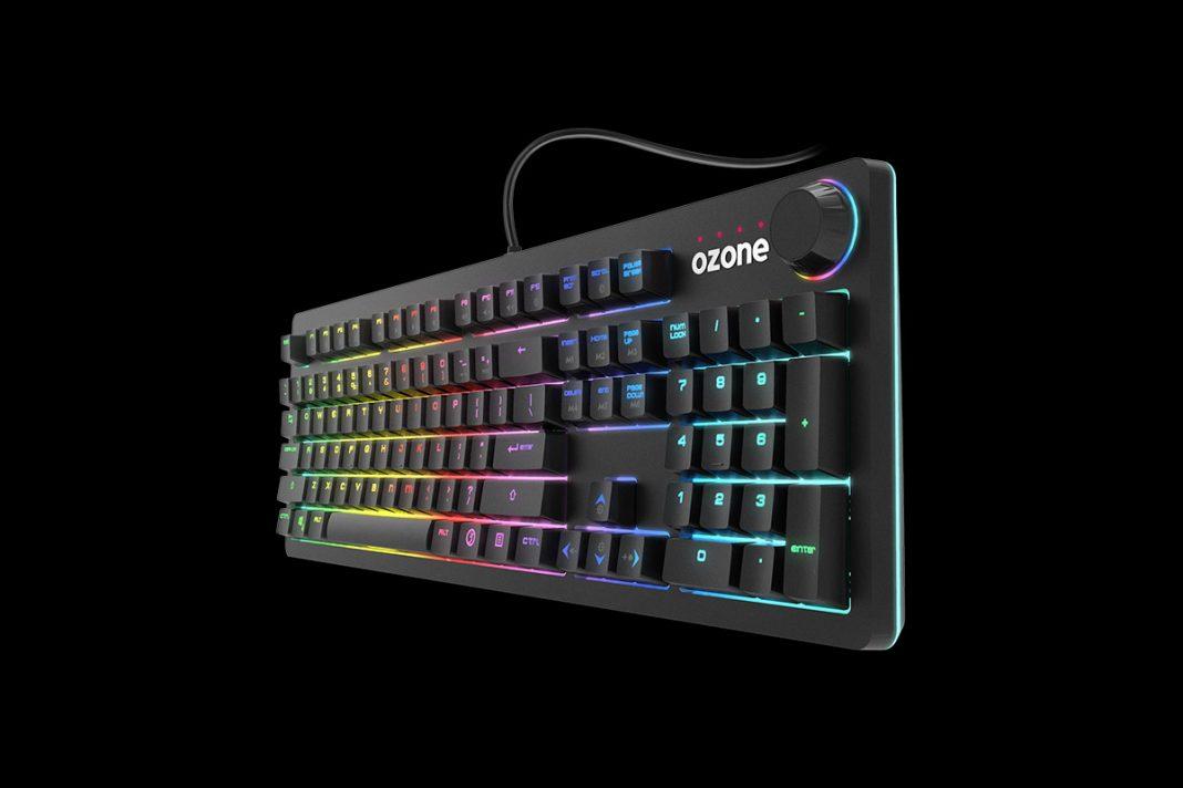 Ozone StrikeBack, 105 teclas mecánicas con RGB
