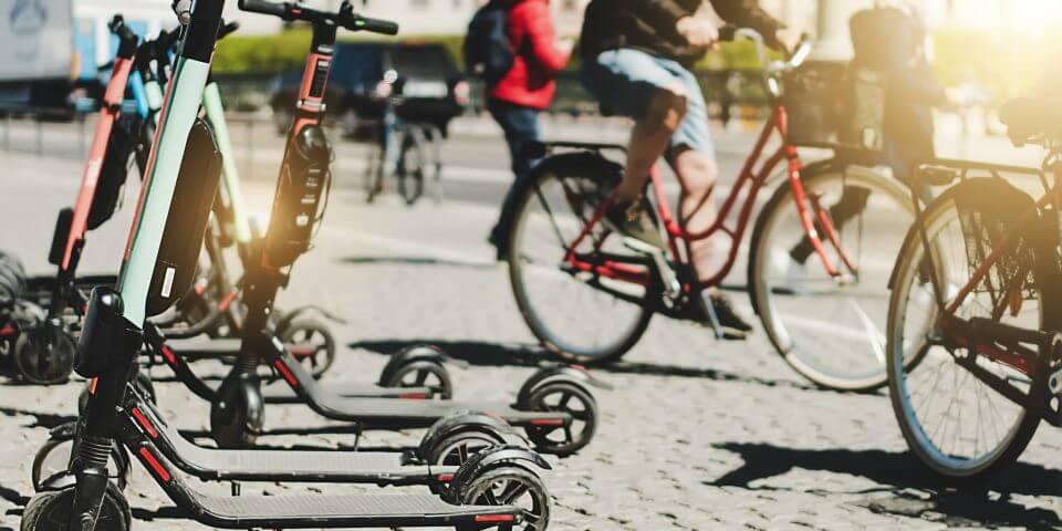 Los españoles apuestan por bicicletas y patinetes para la vuelta al trabajo