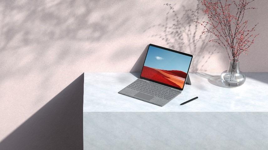 Surface Pro X mejora con redefiniendo la informática móvil