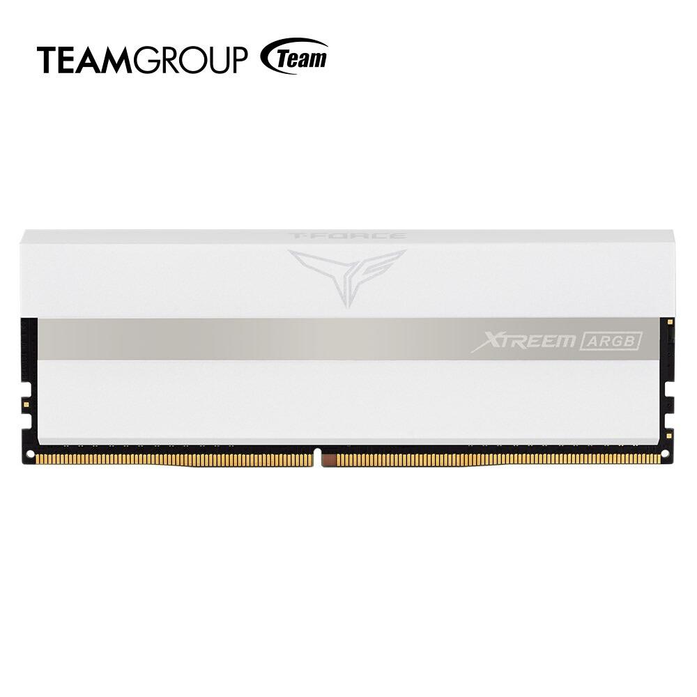 XTREEM-ARGB-White-y-Delta-MAX-White-tecnolocura (1)