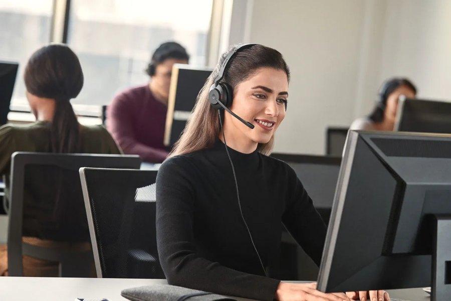 Jabra Evolve2 30 - Los auriculares ideales para teletrabajar